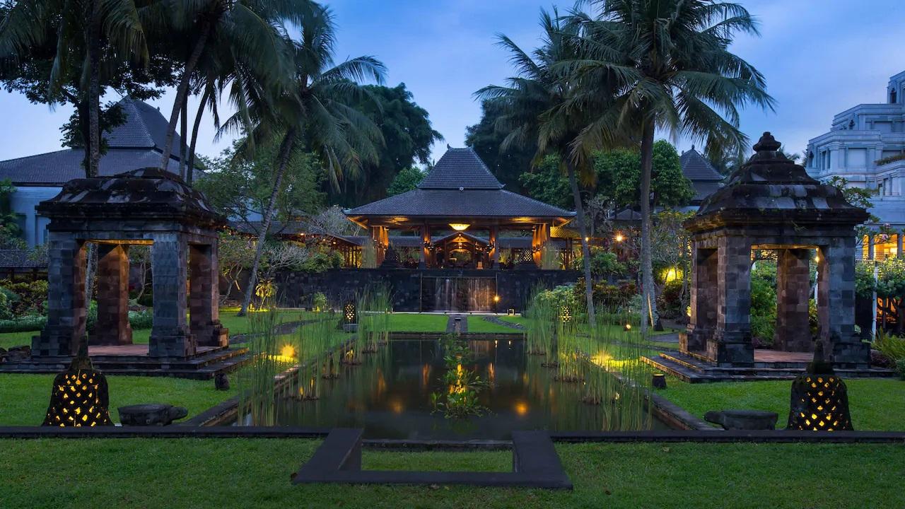 Hyatt-Regency-Yogyakarta-Lobby