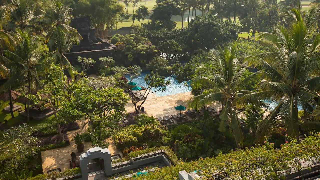 Hyatt-Regency-Yogyakarta-Pool
