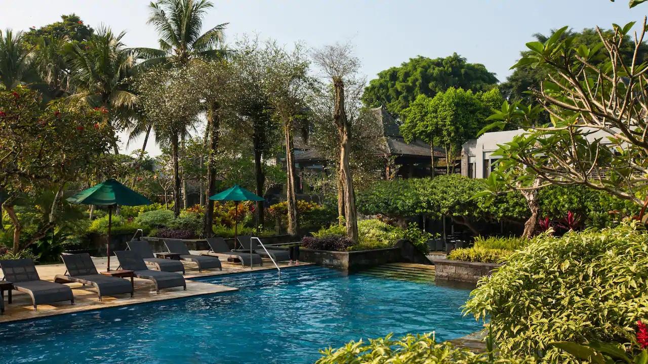Hyatt-Regency-Yogyakarta-Pool1