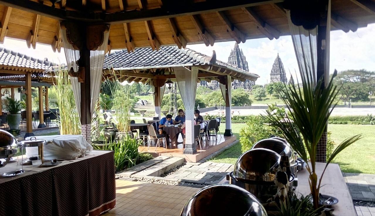 Rama Shinta Garden Resto (1)