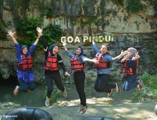 Merasakan Asyiknya Sensasi Cave Tubing di Goa Pindul